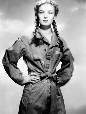 So Proudly We Hail, Veronica Lake, 1943