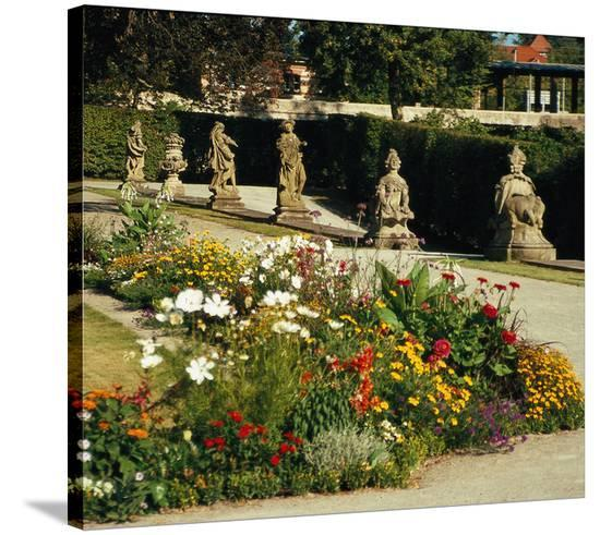 Somptuous Garden V--Stretched Canvas
