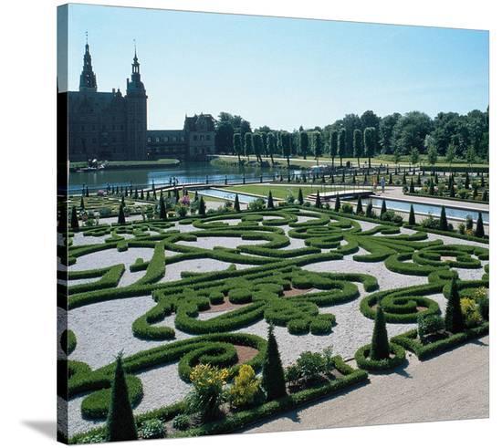 Somptuous Garden VI--Stretched Canvas Print