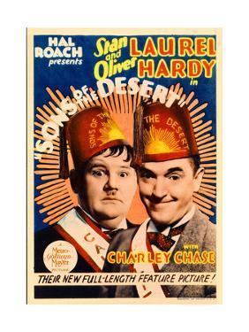 SONS OF THE DESERT, from left: Oliver Hardy, Stan Laurel, 1933.