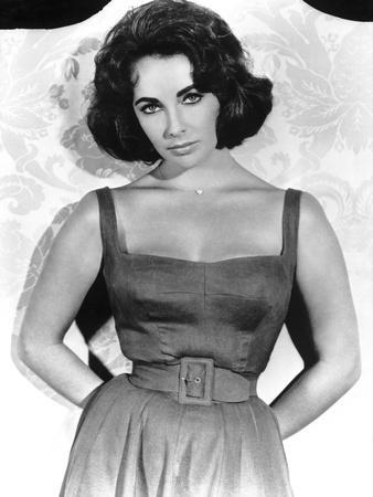 https://imgc.allpostersimages.com/img/posters/soudain-l-ete-dernier-suddenly-last-summer-1959-by-joseph-l-mankiewicz-with-elizabeth-taylor-b-w_u-L-Q1C1YTQ0.jpg?artPerspective=n