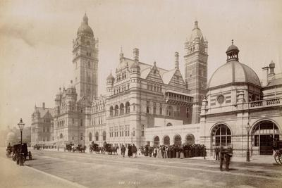 https://imgc.allpostersimages.com/img/posters/south-kensington-station-london-c-1885_u-L-PW2OLQ0.jpg?p=0