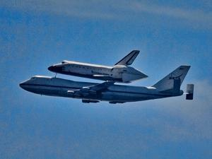 Space Shuttle Columbia flies on 9/21/12 over Los Angeles on its final flight, Malibu, CA