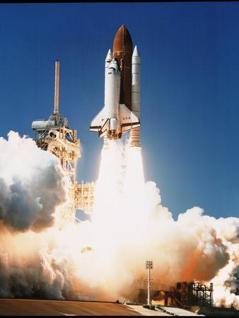 https://imgc.allpostersimages.com/img/posters/space-shuttle-columbia_u-L-PZIK9M0.jpg?artPerspective=n