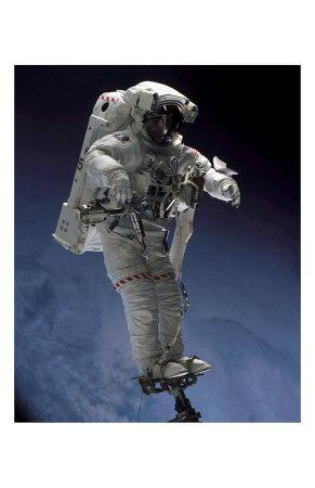 https://imgc.allpostersimages.com/img/posters/space-shuttle-walk_u-L-F2EY9I0.jpg?artPerspective=n