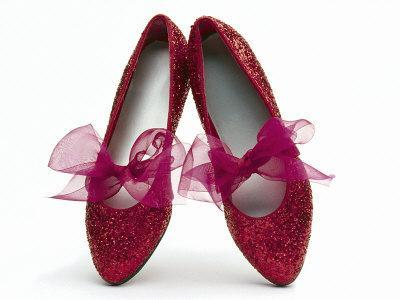 https://imgc.allpostersimages.com/img/posters/sparkling-red-shoes_u-L-PXZ4WX0.jpg?p=0