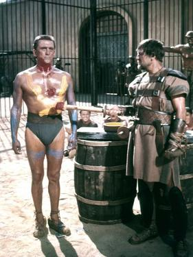 Spartacus by Stanley Kubrik with Kirk Douglas and Charles McGraw, 1960 (photo)
