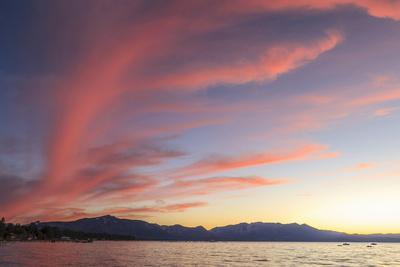 https://imgc.allpostersimages.com/img/posters/spectacular-sunset-colors-lake-tahoe-california-usa_u-L-PN6LTE0.jpg?p=0
