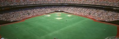 Spectator Watching a Baseball Match, Veterans Stadium, Philadelphia, Pennsylvania, USA