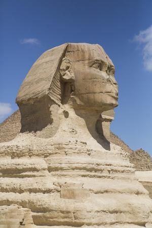 https://imgc.allpostersimages.com/img/posters/sphinx-the-giza-pyramids-giza-egypt-north-africa-africa_u-L-PWFMAI0.jpg?p=0
