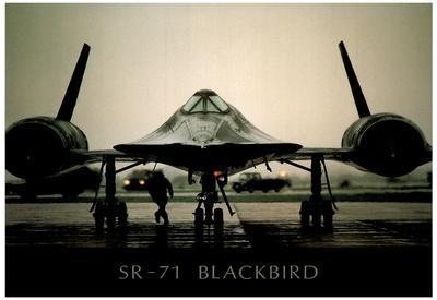 https://imgc.allpostersimages.com/img/posters/sr-71-blackbird-on-ground-art-poster-print_u-L-F59C7R0.jpg?p=0