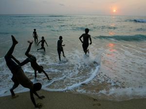 Sri Lankan Tsunami Survivors Play at Akurala Beach Close to their Temporary Shelters