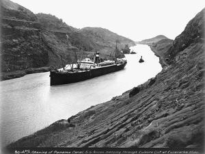 SS Ancon Passing Through Culebra Cut
