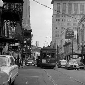 St. Charles Avenue and Poydras Street in New Orleans