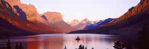 St. Mary Lake at Us Glacier National Park, Montana, USA
