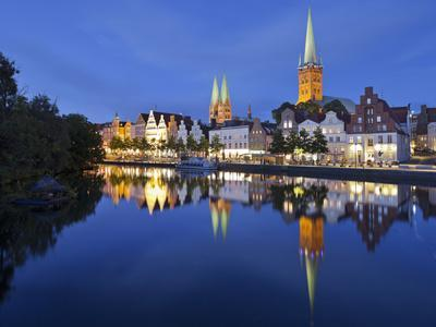 https://imgc.allpostersimages.com/img/posters/st-mary-s-church-petrikirche-trave-river-l-beck-city-schleswig-holstein-germany_u-L-Q11YSX40.jpg?p=0
