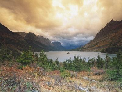 https://imgc.allpostersimages.com/img/posters/st-marys-lake-wild-goose-island-glacier-national-park_u-L-P3DX7G0.jpg?p=0