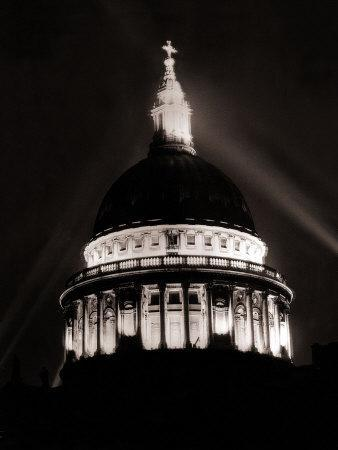 https://imgc.allpostersimages.com/img/posters/st-paul-s-cathedral-in-london-lit-up-at-night-for-victory-day-celebrations-june-1946_u-L-P5F5LH0.jpg?p=0