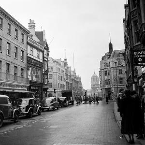 Cornmarket Street in Oxford, 1952 by Staff