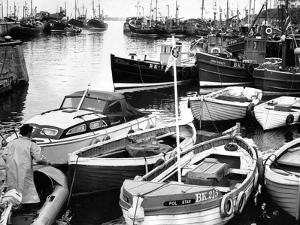 Seahouses 1966 by Staff