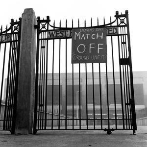 West Ham v. Nottingham Forest. 1962 by Staff