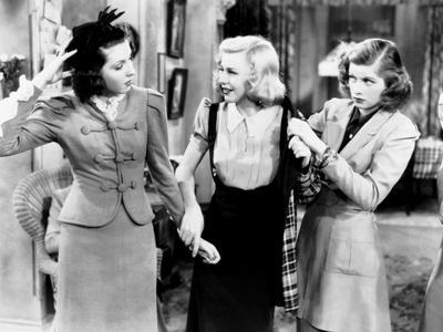 https://imgc.allpostersimages.com/img/posters/stage-door-from-left-ann-miller-ginger-rogers-lucille-ball-1937_u-L-Q12P1MR0.jpg?artPerspective=n