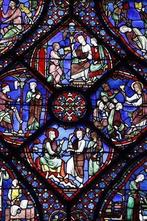 https://imgc.allpostersimages.com/img/posters/stained-glass-notre-dame-de-chartres-cathedral-chartres-eure-et-loir-france_u-L-Q1GYMPX0.jpg?artPerspective=n