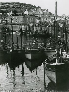 Mousehole, Cornwall by Staniland Pugh