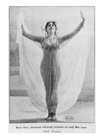 Mata Hari, C.1905