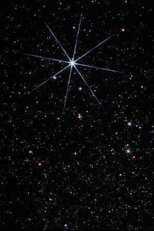https://imgc.allpostersimages.com/img/posters/star-vega-in-the-constellation-of-lyra_u-L-PZJO6Q0.jpg?artPerspective=n