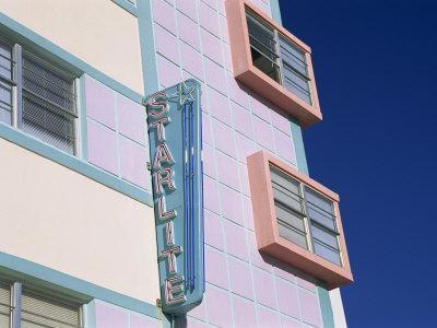https://imgc.allpostersimages.com/img/posters/starlite-hotel-ocean-drive-art-deco-district-miami-beach-south-beach-miami-florida-usa_u-L-P7NUSG0.jpg?artPerspective=n