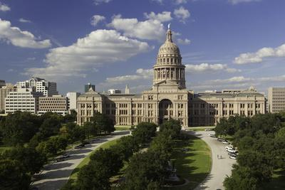 https://imgc.allpostersimages.com/img/posters/state-capital-building-austin-texas-united-states-of-america-north-america_u-L-PQ8OUB0.jpg?p=0