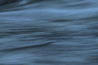 https://imgc.allpostersimages.com/img/posters/state-of-calmness_u-L-Q1CQOOC0.jpg?artPerspective=n
