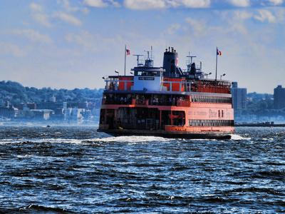 https://imgc.allpostersimages.com/img/posters/staten-island-ferry-new-york-city_u-L-PYYX6F0.jpg?p=0