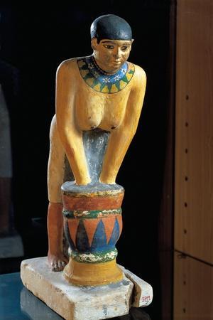 https://imgc.allpostersimages.com/img/posters/statue-depicting-woman-filtering-barley-to-make-beer_u-L-PRBO9R0.jpg?p=0