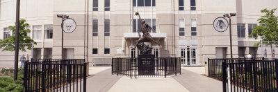 https://imgc.allpostersimages.com/img/posters/statue-in-front-of-a-building-michael-jordan-statue-united-center-chicago-illinois-usa_u-L-P6IX6J0.jpg?p=0