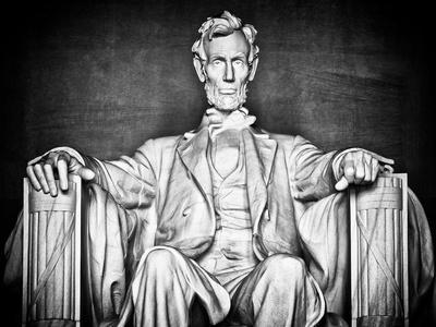 https://imgc.allpostersimages.com/img/posters/statue-of-abraham-lincoln-washington-d-c-district-of-columbia-white-frame-white-frame_u-L-Q1I5EBL0.jpg?artPerspective=n