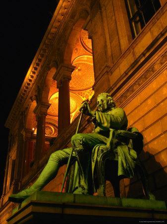 https://imgc.allpostersimages.com/img/posters/statue-of-famous-playwright-ludvig-holberg-outside-de-kongelige-teater-copenhagen-denmark_u-L-P5E3HU0.jpg?p=0