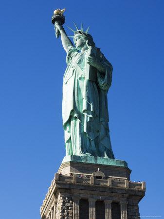 https://imgc.allpostersimages.com/img/posters/statue-of-liberty-liberty-island-new-york-city-new-york-usa_u-L-P1KCWQ0.jpg?p=0