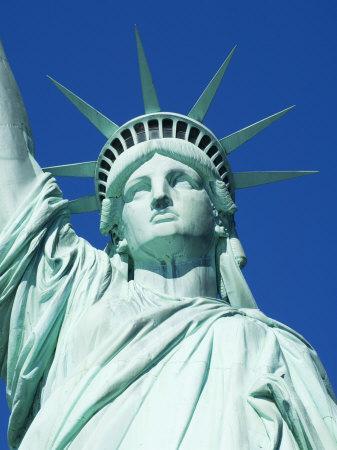 https://imgc.allpostersimages.com/img/posters/statue-of-liberty-liberty-island-new-york-city-new-york-usa_u-L-P1KD380.jpg?p=0