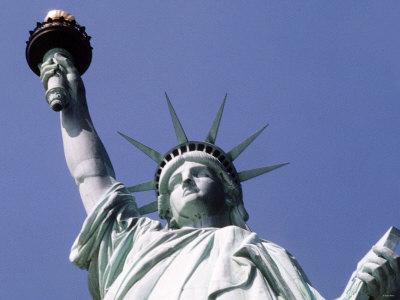 https://imgc.allpostersimages.com/img/posters/statue-of-liberty-new-york_u-L-P5F7IT0.jpg?p=0