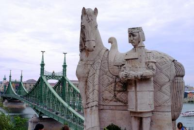 https://imgc.allpostersimages.com/img/posters/statue-of-stephen-i-of-hungary-hungary_u-L-Q12SB8K0.jpg?artPerspective=n