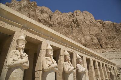 https://imgc.allpostersimages.com/img/posters/statues-of-osiris-deir-el-bahri-hatshepsut-s-temple-west-bank_u-L-PWFT4S0.jpg?p=0