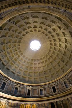 The Pantheon by Stefano Amantini