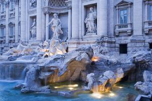Trevi Fountain by Stefano Amantini