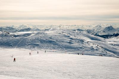 https://imgc.allpostersimages.com/img/posters/steinplatte-mountain-near-reit-im-winkl-chiemgau_u-L-Q1EYDFF0.jpg?artPerspective=n