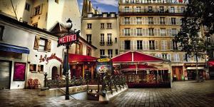 Metro Saint-Michel, Paris by Stephane Rey-Gorrrez