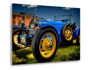 Bugatti by Stephen Arens