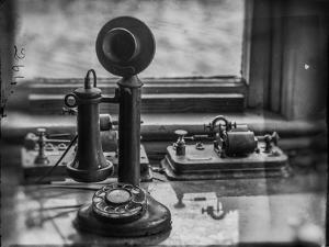 Old Telephone by Stephen Arens