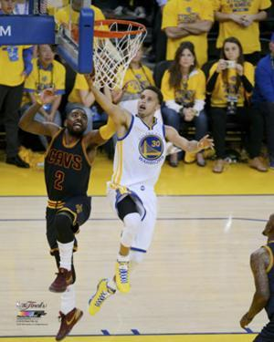 Stephen Curry Layup in Game 1 of the 2015 NBA Finals